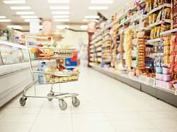 Сегодня, 4 февраля 2015 года, Общество защиты прав потребителей (ОЗПП) обратилось в Правительство РФ с просьбой рассмотреть возможность введения продуктовых карточек, которые позволят социально незащищенной категории населения, расплачиваясь ими, покупать определенные продукты за счёт субсидий из федерального бюджета.